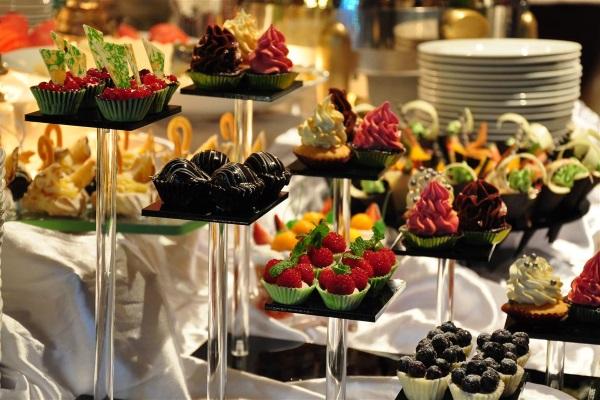tiệc buffet cho sự kiện tất niên